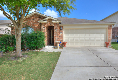 Cibolo Single Family Home For Sale: 5501 Columbia Dr