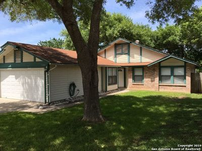 Single Family Home Active Option: 13007 Feather Point Dr