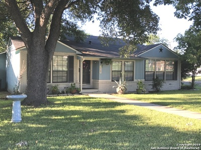 Single Family Home For Sale: 1939 E Lawndale Dr