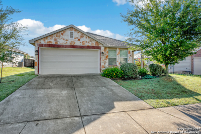 Schertz Single Family Home For Sale: 16306 Rosebud Vista