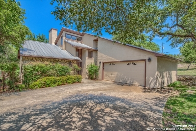 Bulverde Single Family Home Active Option: 960 Elm Valley Dr