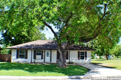 Universal City Single Family Home New: 906 Highgate