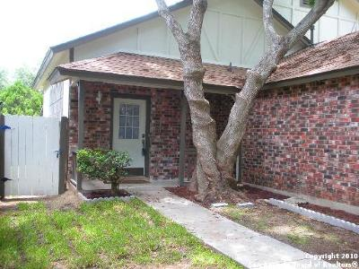 Converse Single Family Home Active Option: 803 Meadow Stone