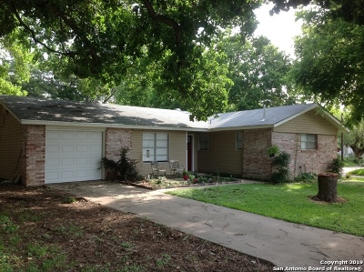 Seguin Single Family Home Active Option: 952 Kunkel St
