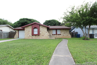 Single Family Home Active Option: 4727 Casa Verde St