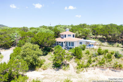 Boerne Single Family Home New: 108 Mountain Spring Dr