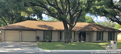 Windcrest Single Family Home For Sale: 617 Sunhaven Dr