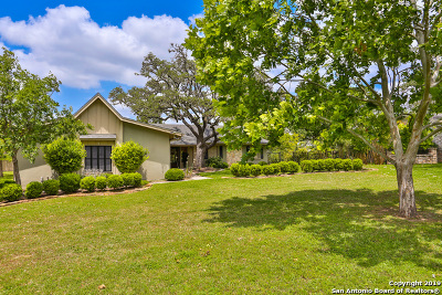 Kerrville Single Family Home Active Option: 212 Riverhill Blvd