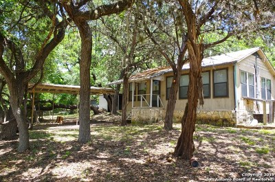 Pipe Creek Single Family Home For Sale: 2551 Goat Hill Rd