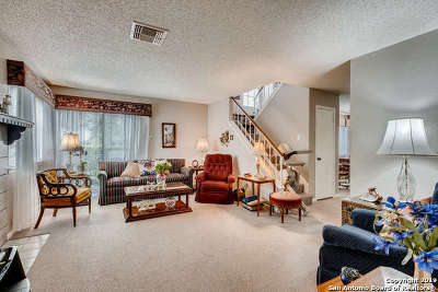 San Antonio Condo/Townhouse Active Option: 12610 Uhr Ln #292X