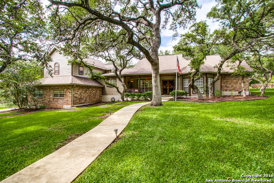 Boerne Single Family Home For Sale: 7835 Smokey View