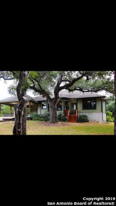 Canyon Lake Single Family Home For Sale: 2310 Rocky Ridge Loop