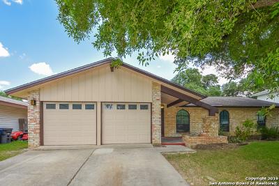 San Antonio Single Family Home New: 13910 Brays Frst