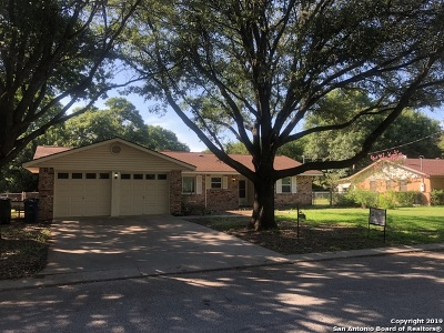 New Braunfels Single Family Home Active Option: 1327 Tulip Ln