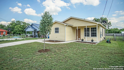 Seguin Single Family Home Active Option: 307 Mesquite St