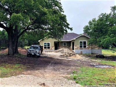 Fischer Single Family Home For Sale: 229 Breeze Pt