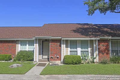 Condo/Townhouse Active Option: 9140 Timber Path #2402