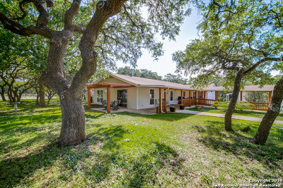 Kendall County Single Family Home Active Option: 102 Evans Dr