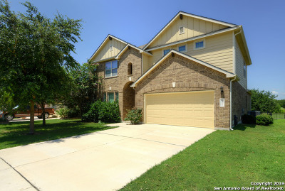 Schertz Single Family Home For Sale: 5032 Eagle Valley St