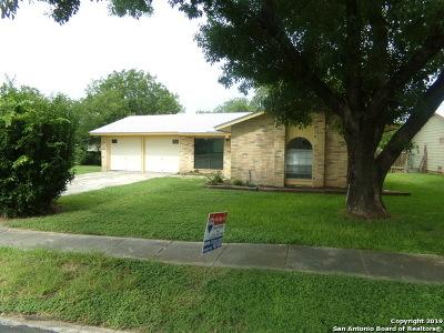 San Antonio Single Family Home New: 927 Saddlebrook