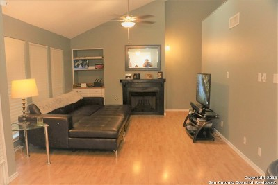 San Antonio Condo/Townhouse Back on Market: 8611 Datapoint Dr #46