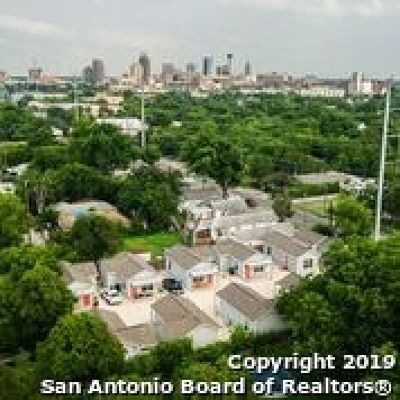 Bexar County Multi Family Home New: 653 Delgado St