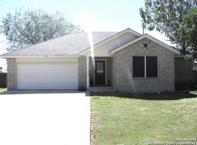 Jourdanton Single Family Home Active Option: 120 Ocotillo