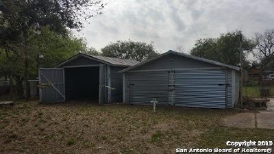 Pleasanton Single Family Home For Sale: 720 Pleasanton Ave