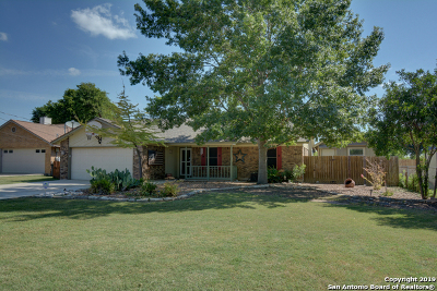 Comal County Single Family Home New: 1461 Cardinal Dr
