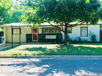 Atascosa County Single Family Home For Sale: 119 Greenlawn Ave