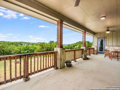 Comal County Single Family Home New: 690 Eves Spring Dr