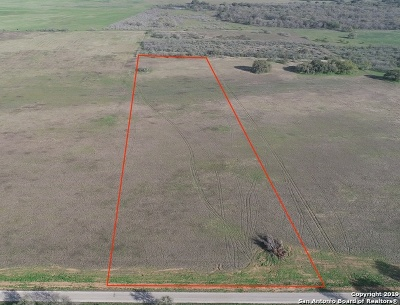 Floresville Residential Lots & Land Active Option: 1337 County Road 122