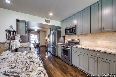San Antonio Single Family Home For Sale: 7606 Vinewood Ct