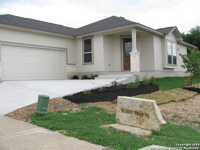 New Braunfels Single Family Home For Sale: 111 Harry Colt Pl