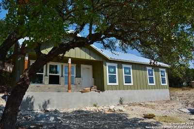 Spring Branch Single Family Home For Sale: 1004 Cimarron
