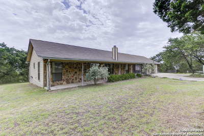 Canyon Lake Single Family Home For Sale: 540 Soft Wind