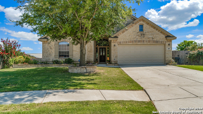 Cibolo Single Family Home Active Option: 809 Crenshaw Ct