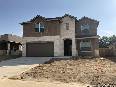 Cibolo Single Family Home For Sale: 521 Swift Move