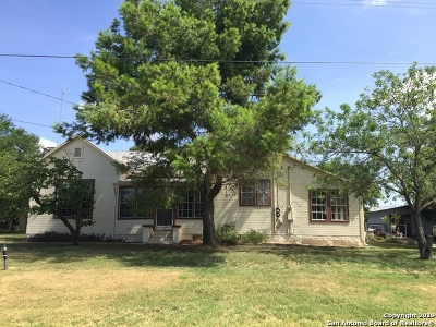 Kendall County Single Family Home For Sale: 312 Idlewilde Blvd