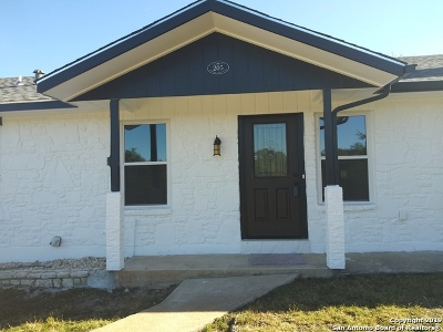 Boerne Single Family Home Price Change: 205 Pleasant Valley Dr N