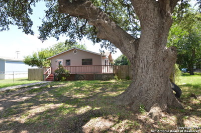 Hondo Single Family Home For Sale: 903 17th St