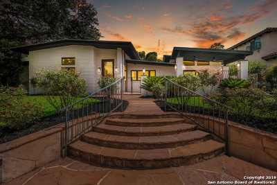 Single Family Home For Sale: 840 Canterbury Hill St