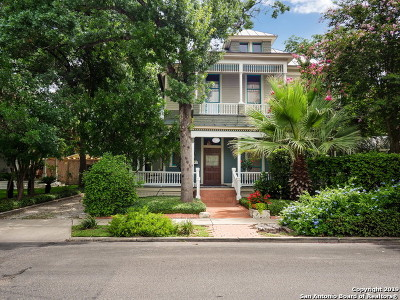 San Antonio Single Family Home For Sale: 516 E Guenther St