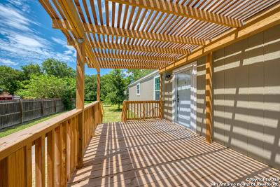 San Antonio Manufactured Home For Sale: 115 Amires Pl
