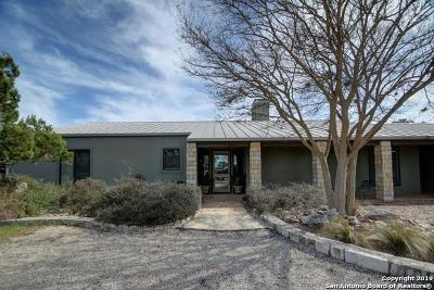 Kerrville Single Family Home New: 121 Deer Park Ln