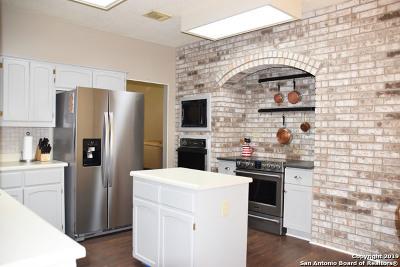 Schertz Single Family Home New: 3609 Olde Moss