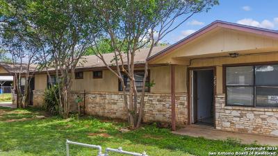 Frio County Multi Family Home For Sale: 223 W Hugo St