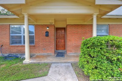 Schertz Single Family Home Active Option: 325 Maple Dr