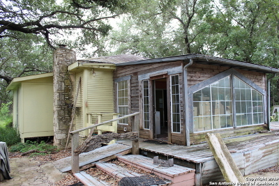 Poteet Single Family Home For Sale: 1031 Gayle Ln