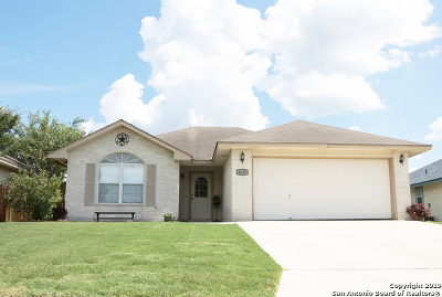 New Braunfels Single Family Home New: 1635 Sunview Circle